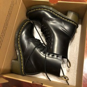 BRAND NEW Dr.Marten Clemency Boot Smooth